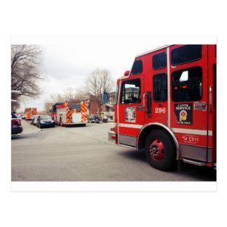 Feuerwehrmänner Postkarte