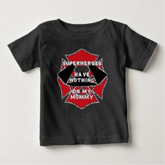 Feuerwehrmannmama Baby T-shirt