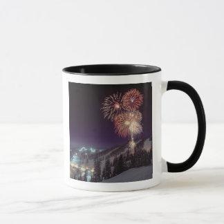 Feuerwerke am großen Höhenkurort in der Maräne, Tasse
