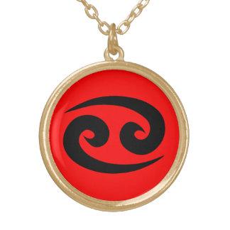 Finition rouge d'or du noir W de collier d'horosco