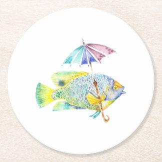 Fischartige Fische mit Regenschirm Runder Pappuntersetzer