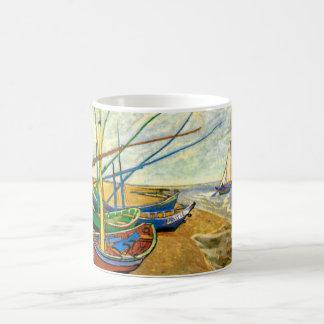 Fischerboote Van Gogh auf Strand bei Saintes Kaffeetasse