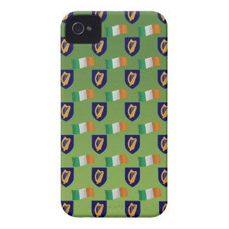 Flagge und Wappen von Irland auf Grün iPhone 4 Case-Mate Hülle