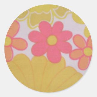 fleur des années 70 rétro adhésif rond