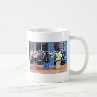 Fleurs en pastel de théière mug blanc