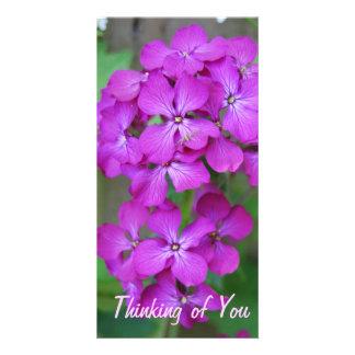 Fleurs pourpres cartes de vœux avec photo