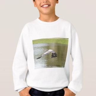 Fliegen über Wasser Sweatshirt