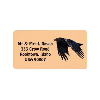Fliegendes schwarzes Raben-Foto beschriftet 6 Adressaufkleber