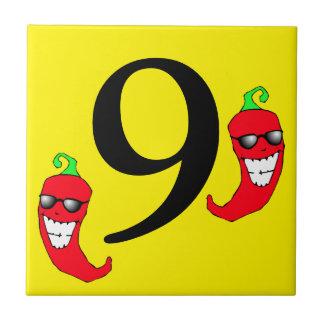 Fliese neun cooler roter der Chili-Pfeffer-heiße