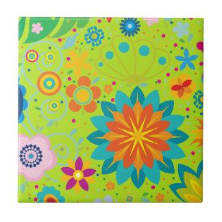 Flippiges Blumen Keramikfliese