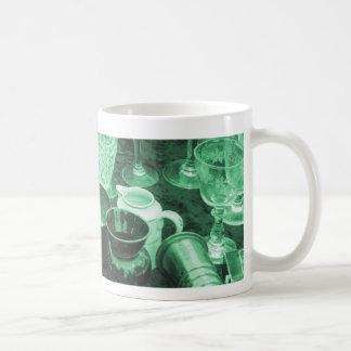 Flohmarkt-Tabellen-Tasse im Jade-Grün Kaffeetasse