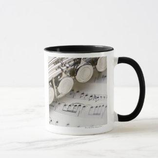 Flöte auf Noten Tasse