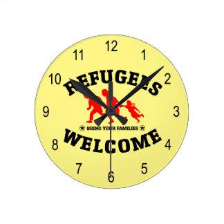 Flüchtlings-Willkommen holen Ihre Familie Runde Wanduhr
