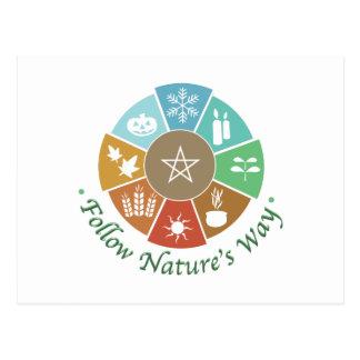 Folgen Sie der Weise der Natur Postkarte