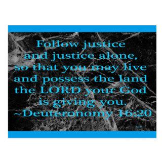 Folgen Sie Gerechtigkeit Postkarte