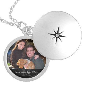Foto-Geschenk-Halskette - Monogramm + Kundenspezif Medaillon