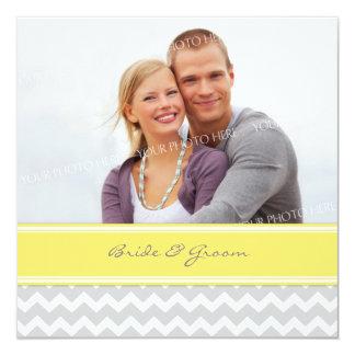 Foto-Hochzeits-Einladungs-graues gelbes Zickzack Quadratische 13,3 Cm Einladungskarte