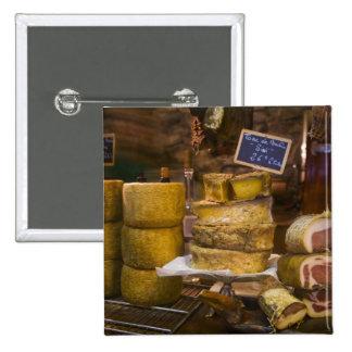 Frankreich, Korsika. Lokale Käse und Charcuterie Quadratischer Button 5,1 Cm