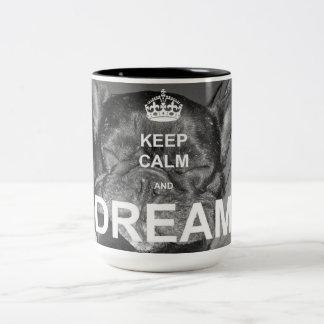 Französische Bulldoggen-Traum-Tasse Zweifarbige Tasse