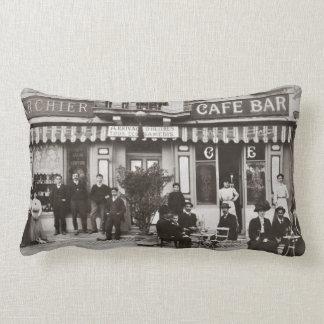 Französische Café-Bar-Straßenszene Lendenkissen