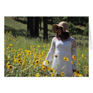 Frau in den Blumen Karte