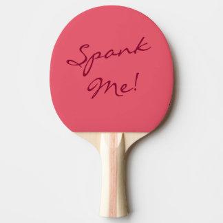 Frecher Spaß verprügeln mich außerordentliches Tischtennis Schläger