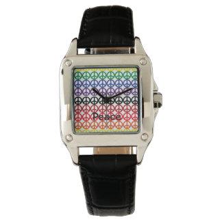 Friedenszeichen-Regenbogen-Farben mit Namen Armbanduhr