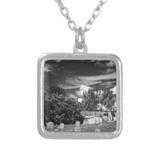 Friedhof-BermudaBW Versilberte Kette