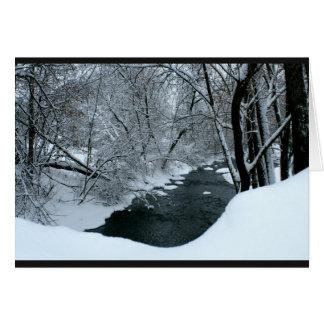 Friedliche Snowy-Fluss-Szene, die an Sie denkt Karte