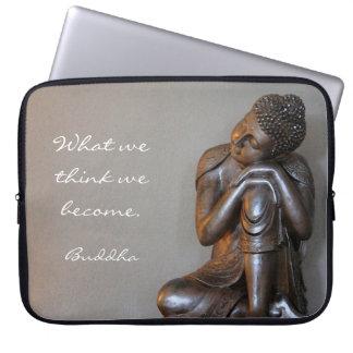 Friedlicher silberner Buddha Laptop Sleeve