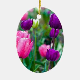 Frische Bunte Tulpen Ovales Keramik Ornament