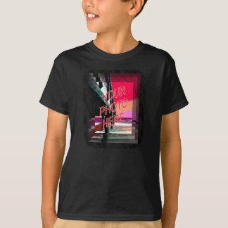 Friseursalon-Spiegel-Schablonenvertikale T-Shirt