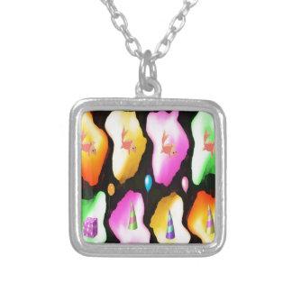 FROHE Weihnachten - Goldfisch LightFlair RosePetal Halskette Mit Quadratischem Anhänger