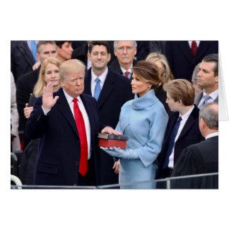 Front: Trumpf geschworenes herein/Innere: Trumpf Karte