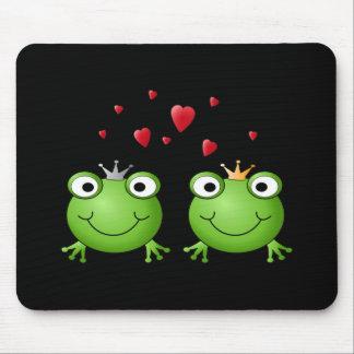 Frosch-Paare mit Herzen Mousepad