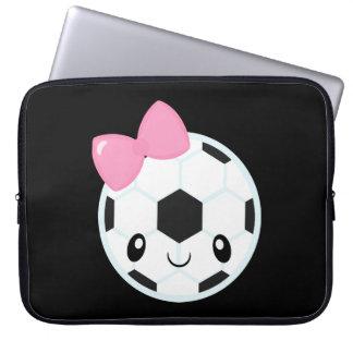 Fußball-Mädchen Emoji Laptopschutzhülle