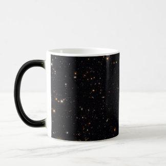 Galaxiegeschichte aufgedeckt vom Hubble GOODS-ERS2 Verwandlungstasse