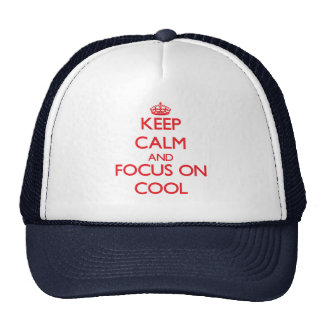 Gardez le calme et le foyer sur le cool casquette de camionneur