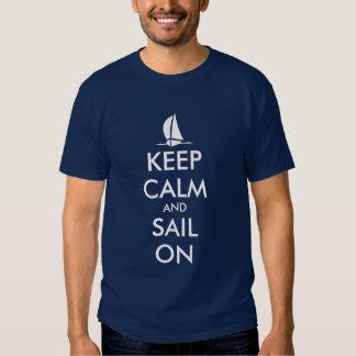 Gardez le calme et naviguez sur la conception tee-shirt