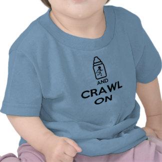 Gardez le calme et rampez dessus - B jumeau T-shirts