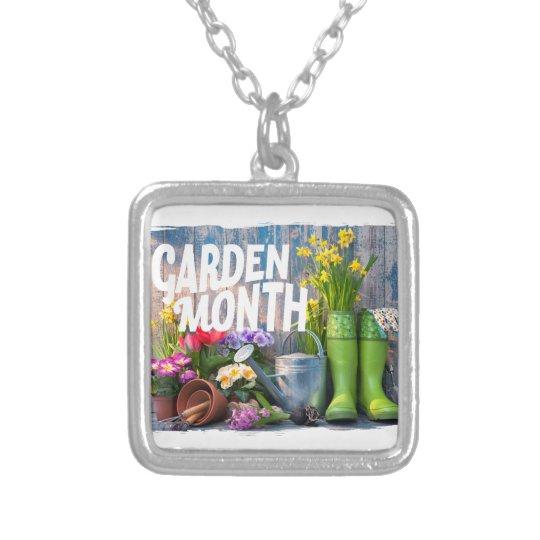 Garten-Monat Halskette Mit Quadratischem Anhänger