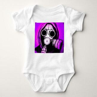 Gasmaske benötigt baby strampler