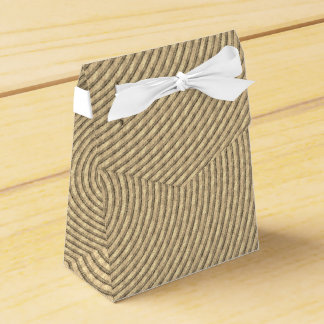 Gastgeschenk Hochzeits-Kasten mit Geschenkschachtel