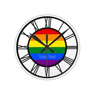 Gay Pride-Regenbogen-Flagge LGBT personalisiert Runde Wanduhr