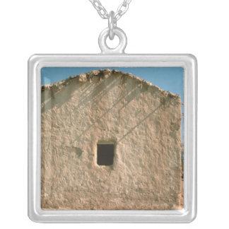 Gebäude in altem Jericho Halskette Mit Quadratischem Anhänger