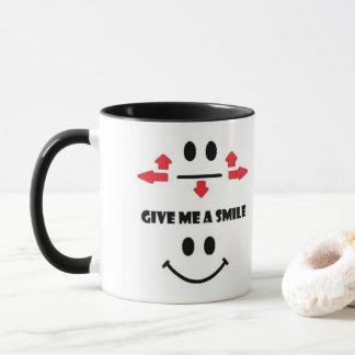 Geben Sie mir eine Lächelnkaffee-Tasse Tasse