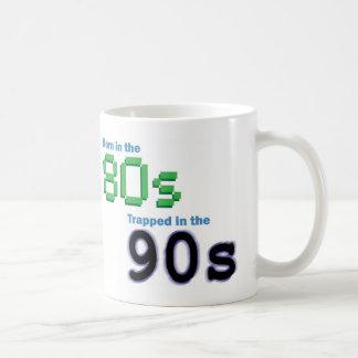 Geboren im 80er, eingeschlossen in der kaffeetasse