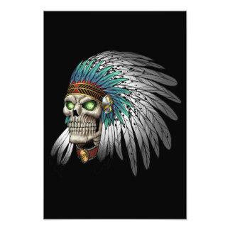 Gebürtiger Ureinwohner-Stammes- gotischer Schädel Kunst Foto