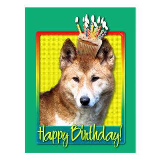 Geburtstags-kleiner Kuchen - Dingo Postkarte