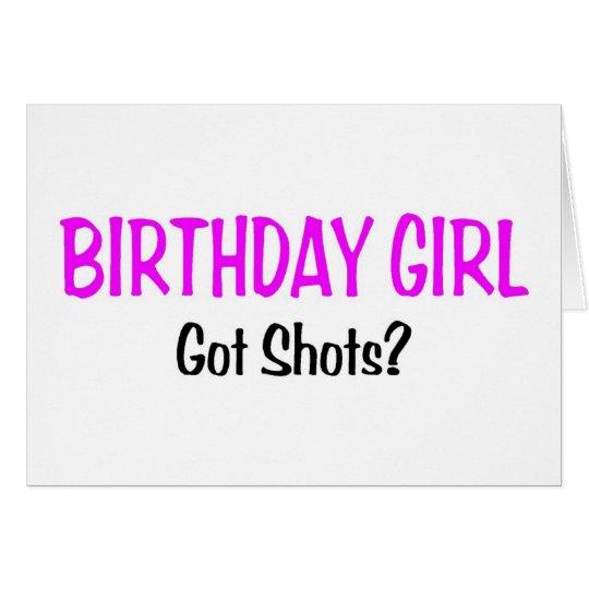 Geburtstags-Mädchen erhielt Schüsse Karte